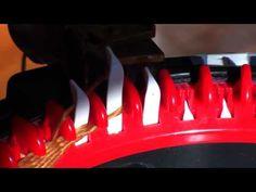 (13) Fatima's Knitting Technique Fin Scarf compress - YouTube