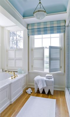Blue and white bathroom by apd Architects Blue ceilings. White Bathroom, Master Bathroom, Bathroom Beach, Barn Bathroom, Beach Shower, Coastal Bathrooms, Light Bathroom, Shower Tub, Bathroom Ideas
