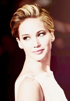 Image about Jennifer Lawrence in people who inspire me. Pretty People, Beautiful People, Close Up, Jennifer Lawrence Pics, Helena Bonham Carter, Hollywood Stars, Hunger Games, We The People, Girl Crushes
