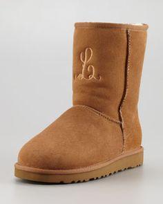 55 best ugg australia images feminine fashion moon boots shoe rh pinterest com