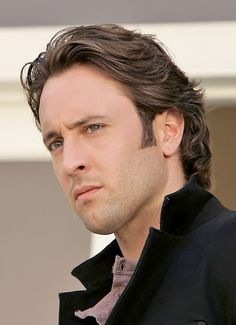 ♥♥♥♥♥ Alex O'Loughlin Moonlight