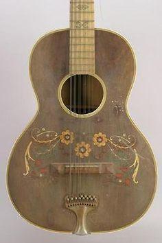 una antigua guitarra...