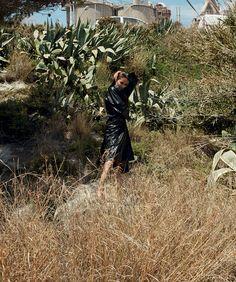 Joan Smalls deslumbra na Harpers Bazaar Espanha clicada por Txema Yeste  Fragmentos de Moda