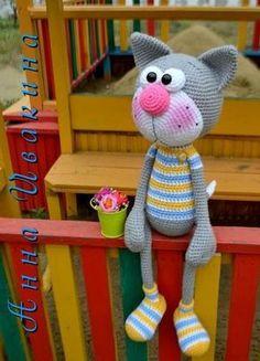 Vяzаnыe igruški i slingobusы ot Nitto MitonRate this post Amigurumi Cat Amigurumi CatStriped cat with a gorgeous cheeky smile. Great idea for using up yarn stash. Gato Crochet, Crochet Cat Pattern, Crochet Amigurumi, Crochet Bear, Amigurumi Doll, Crochet Animals, Crochet Dolls, Crochet Rope, Animal Knitting Patterns