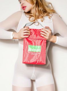Eating healthy anywhere is not a problem any more. Get your Mimi-cooler bag by Fit&Treat with 3 micro-wave friendly containers. For healthy, classy and stylish active people Sport Fashion, Eating Healthy, Microwave, Container, Classy, Treats, Diet, Stylish, Bag