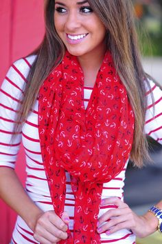Love this red printed anchor scarf, so nautical and pretty. Perfect for summer evenings. Bandana, Anchor Scarf, Autumn Winter Fashion, Spring Fashion, Fall Outfits, Cute Outfits, Cute Scarfs, Poncho, Fashion Essentials