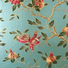We love this vintage wallpaper showing signs of #Spring and #Nature. Great for a seaside cottage.