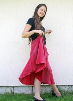 Hedvábná sukně- maková panenka