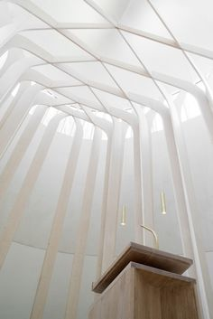 Bishop Edward King Chapel :; Niall McLaughlin Architects