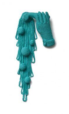 Turning on the yarn.