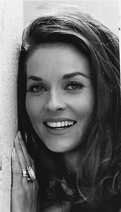 I feel like most brunettes in the 60s tried to look like Lee Meriwether