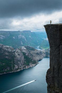CJWHO ™ (The Norwegian nature at its best, Prekestolen by...)