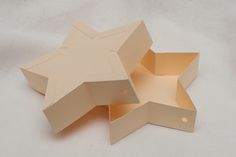 Star box tutorial. No dies required...template for star in the post. Pictorial Tutorial not video.