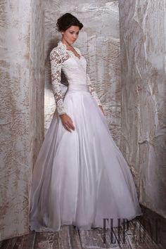 Tony Ward Collezione 2012 - Sposa - http://it.flip-zone.com/fashion/bridal/couture/tony-ward