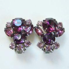 Vintage Amethyst Lavender Rhinestone Clip Earrings Silvertone Setting by redroselady on Etsy