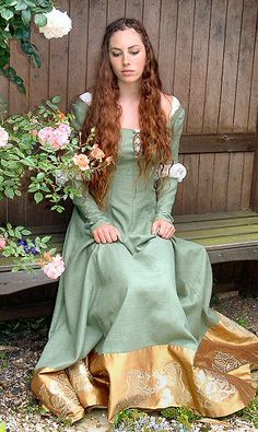 "Rossetti ""Waterhouse Inspired Ophelia"" Gown.  Rossetti is a U.K. couture dressmaker.  Specializes in wedding gowns, tutus, and costumes.  Makes gowns not by size but to fit the client.  Can reproduce shown items closely (if not exactly)."