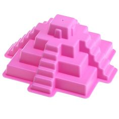 Build your own version of famous Mayan pyramids and add the really cool architectural details to the sand castle building with this unique sand mold toy.