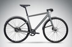 Das Fahrrad gewinnt im Stadtverkehr immer mehr an Bedeutung, technische Fortschritte machen die Räder zudem immer attraktiver. Zeit also für einen Überblick für die Saison 2017 an Urban Bikes mit Nabenschaltung und Riemenantrieb. In den letzten Jahren hat sich in der Kategorie des Urban … Weiterlesen Fuji Bikes, Mtb, Bicycle Garage, Velo Design, Urban Pictures, Bicycle Workout, Urban Bike, Fixed Bike, Commuter Bike