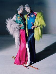 Xiao Wen Ju & Fei Fei Sun by Tim Walker, Vogue China, December 2014.