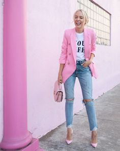 41 Combinations Of Stylish Pink Outfits For Women - Work Outfits Women Pink Outfits, Date Outfits, Classy Outfits, Stylish Outfits, Pink Shoes Outfit, Casual Outfits For Moms, Vegas Outfits, Formal Outfits, Sporty Outfits