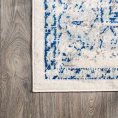 Inigo Blue and White Cottage Medallion Blue/Gray - JonathanY Blue Grey, Blue And White, Blue Color Schemes, White Cottage, Rug Cleaning, Home Rugs, Home Decor Trends, Diamond Shapes, Minimalist Design