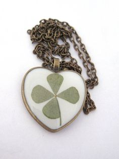 Real 4 leaf clover resin pendant necklace -  Clover encased in resin and preserved forever, Pressed Flower Jewelry