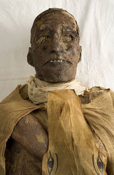 The Royal Mummies and portraits Wanted Movie, Egypt Mummy, Kemet Egypt, Ancient Egypt History, Egyptian Mummies, Egyptian Mythology, Visit Egypt, Ancient Artifacts, African American History