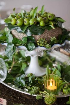 Beautiful table setting..( for more table ideas, go to my board...table ! )