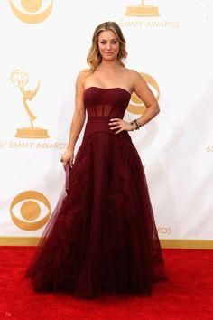 This dress in nude color will be great. Alfombra roja Emmy 2013: todos los vestidos