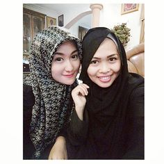 with My Lovely Aunty, Kak Ira.. Tanteku satu ini awet muda bgttt mukanya 😍😘 • • • #travel #traveling #TagsForLikes #TFLers #vacation #visiting #instatravel #instago #instagood #trip #holiday #photooftheday #fun #travelling #instatraveling #mytravelgram #travelgram #travelingram #igtravel #islam #muslim #hijaber #hijabers #style #sister #family #family #selfie #hijabfashion #fashion by winumeko. family #hijabfashion #travel #tflers #instatraveling #hijabers #holiday #travelingram…