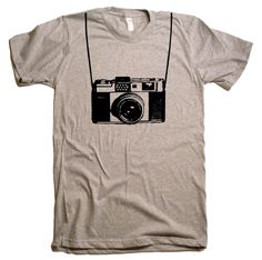 Mens / Unisex  Vintage Camera T Shirt tee - American Apparel Tshirt - XS S M L XL XXL (28 Color Options) $20.00 @taylorherian