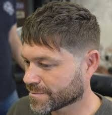 50 Modern Caesar Haircut Ideas for All Hair Types - Men Hairstyles World Popular Mens Haircuts, Easy Mens Hairstyles, Stylish Haircuts, Crown Hairstyles, Modern Hairstyles, Professional Hairstyles, Haircuts For Men, Men's Haircuts, Easy Hair Cuts