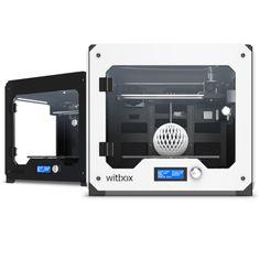 De bq Witbox is er in zwart (https://www.bits2atoms.nl/3d-printers/bq-witbox-zwart) of wit (https://www.bits2atoms.nl/3d-printers/bq-witbox-wit).