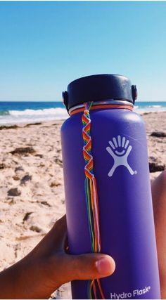 VSCO - a-happy-place Hydro Flask, Cute Cups, Flasks, Water Bottles, Drink Sleeves, Vsco, Friendship, Aesthetics, Bottles