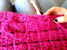 jas-dichtnaaien Crochet Jacket Pattern, Crochet Poncho Patterns, Crochet Coat, Crochet Motifs, Crochet Cardigan, Crochet Yarn, Dress Patterns, Crochet Skirts, Crochet Needles