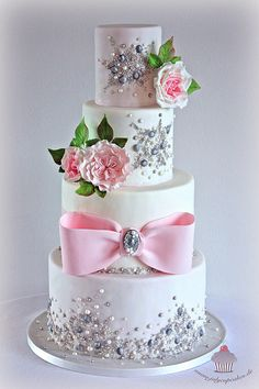 Jeweled Wedding Cake Love the simplicity of this, but would 86 the big pink bow. Beautiful Wedding Cakes, Gorgeous Cakes, Pretty Cakes, Cute Cakes, Amazing Cakes, Fondant Cakes, Cupcake Cakes, Jewel Cake, Bolo Floral