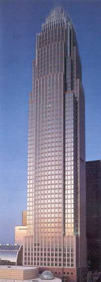 Bank of America Corporate Center. Charlotte, NC habitat of crooks cheater and lairs.driven by greed Living In North Carolina, Charlotte North Carolina, North Carolina Homes, Charlotte Nc, Home Insurance Building, Bank Of America, Southern Hospitality, Cheaters, Southern Homes