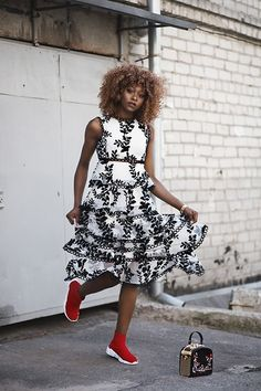 Affordable Dresses, High End Fashion, Dress Patterns, Sneakers Fashion, Womens Fashion, Fashion Trends, Layers, Street Style, Gowns