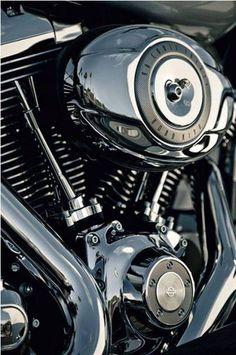 Harley-Davidson V-twin Engines