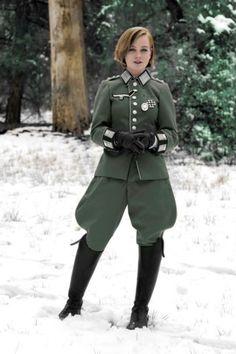 """That Nazi girl"" colorized. First time colorizing. Ww2 Women, Military Women, Military History, Military Jacket, German Uniforms, German Women, War Photography, Female Soldier, Girls Uniforms"