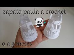Zapato a crochet -modelo paula a 3 meses - - Zapato a crochet -modelo paula a 3 meses. Knit Baby Shoes, Crochet Baby Sandals, Crochet Baby Boots, Booties Crochet, Baby Girl Crochet, Crochet For Boys, Crochet Slippers, Love Crochet, Baby Booties