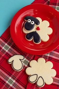 How to Make Cute Decorated Sheep Cookies with Royal Icing and a How to Tutorial | The Bearfoot Baker