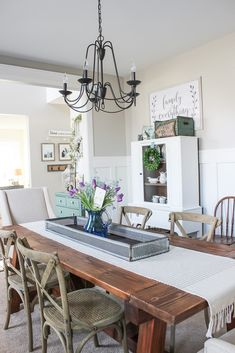 Spring home tour with lots of simple decorating ideas for the new season.