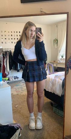 Teen Fashion Outfits, Cute Casual Outfits, Retro Outfits, Girl Outfits, Summer Outfits, School Skirt Outfits, Cute Vintage Outfits, Modest Fashion, Stylish Outfits