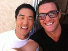 Cute Tim Kang & Owain Yeoman... Sorry I'm posting a pic of them again, but I thought this was adorable! They really are like great besties!