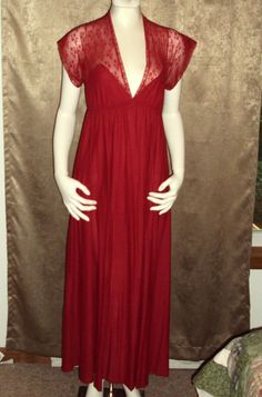 Gilligan & O'Malley Nightgown Red Nylon Lace Long Negligee Small Vintage V-Shape #GilliganOMalley #Gowns