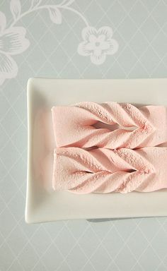 Twisted raspberry marshmallow - would be cute wrapped around a cake or atop a rectangle/square cake