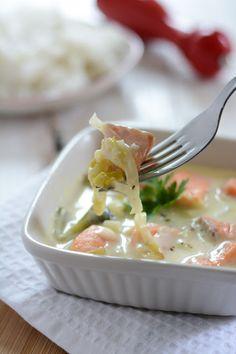 Blanquette de saumon Salmon Rillettes, Nordic Recipe, Mediterranean Recipes, Fish And Seafood, Fish Recipes, Family Meals, Stew, Potato Salad, Catering