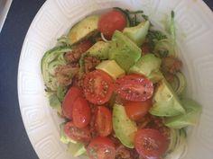 Week1 Day6. Mince breakfast. 125g spaghetti Bol mince. Half zucchini (into spaghetti) Half avocado. 6 cherry tomatoes. Yum!