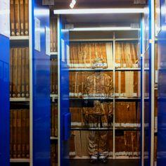 Hide in the city archives de Paris par liu bolin